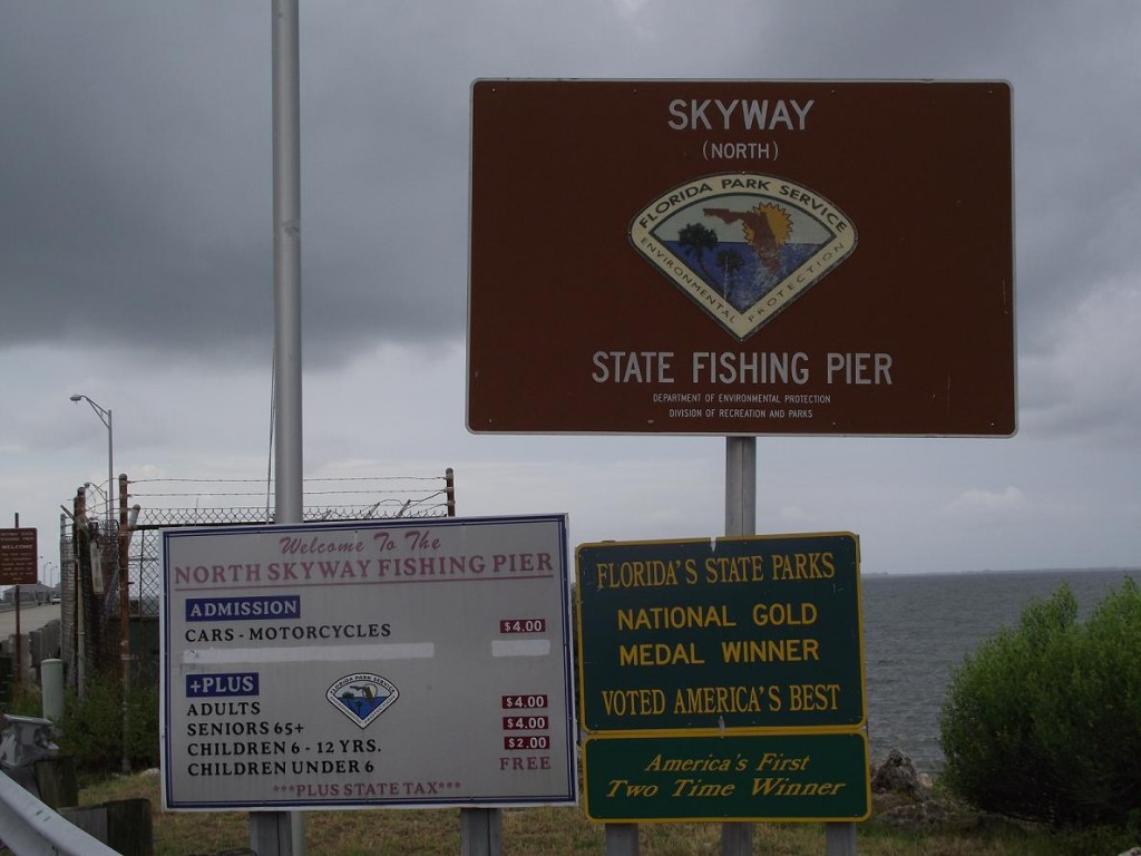 Skyway trail north skyway fishing pier signs view from for Skyway fishing pier state park