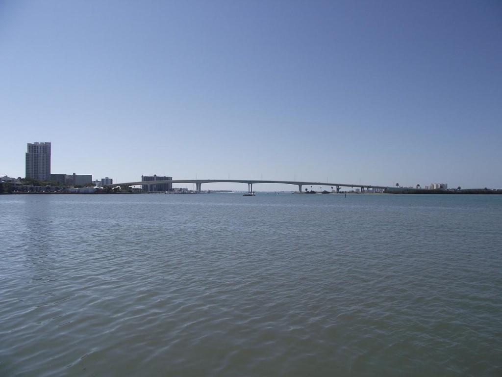 Distant view of Clearwater Memorial Causeway Bridge