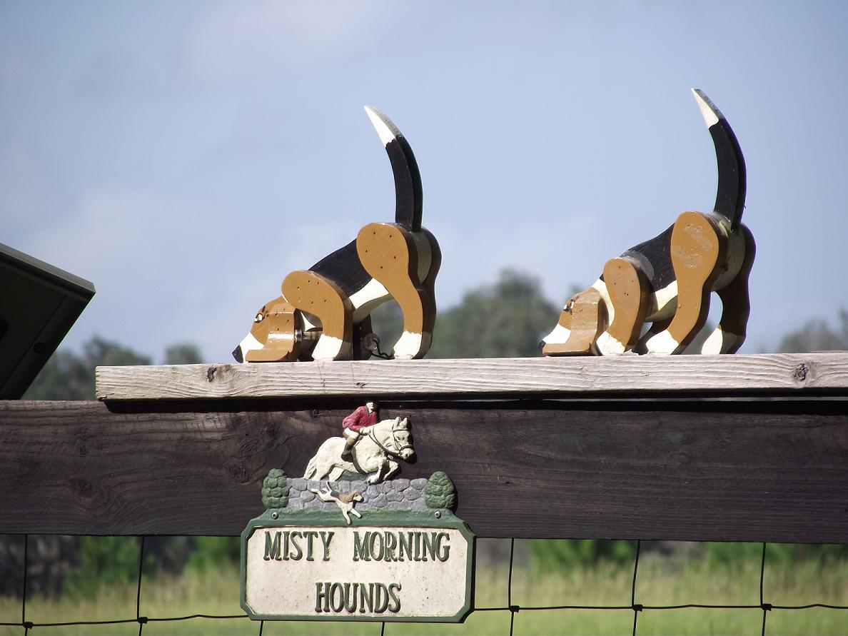 Misty Morning Hounds Sign