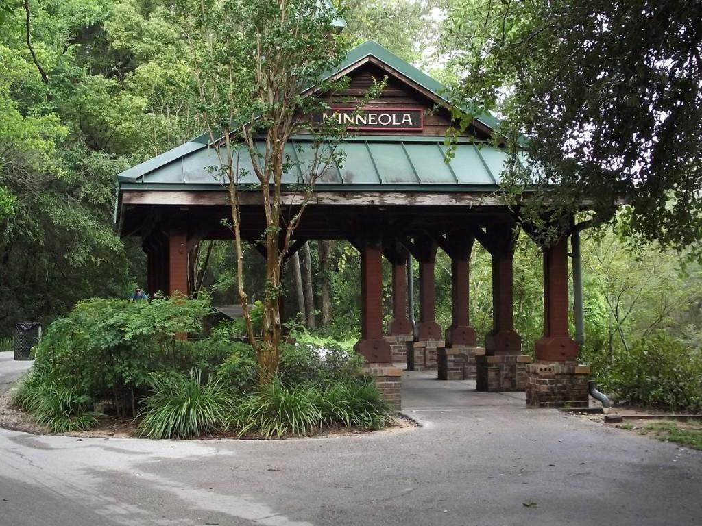 Lake Minneola Scenic Trail - Minneola Pavilion Looking West