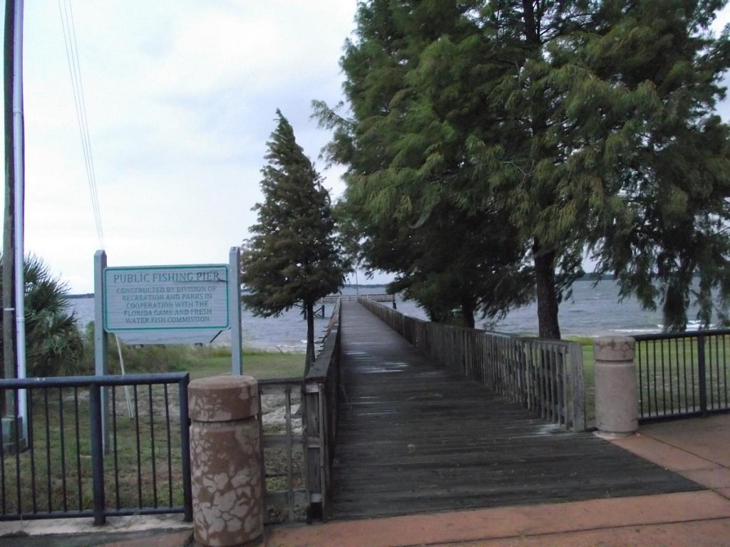 Lake Minneola Scenic Trail - Public Fishing Pier