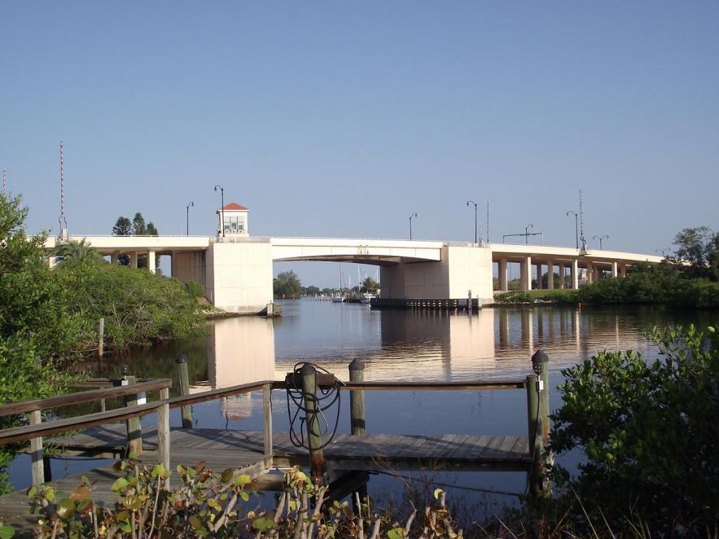 Venetian Waterway Trail - Highway 41 Bridge