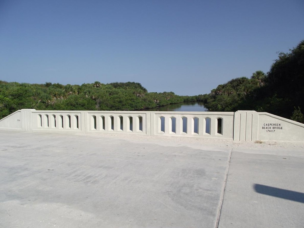 Venetian Waterway Park - Caspersen Beach Bridge