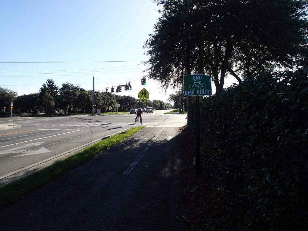 Little Econ Greenway - Eastern End at Alafaya Trail