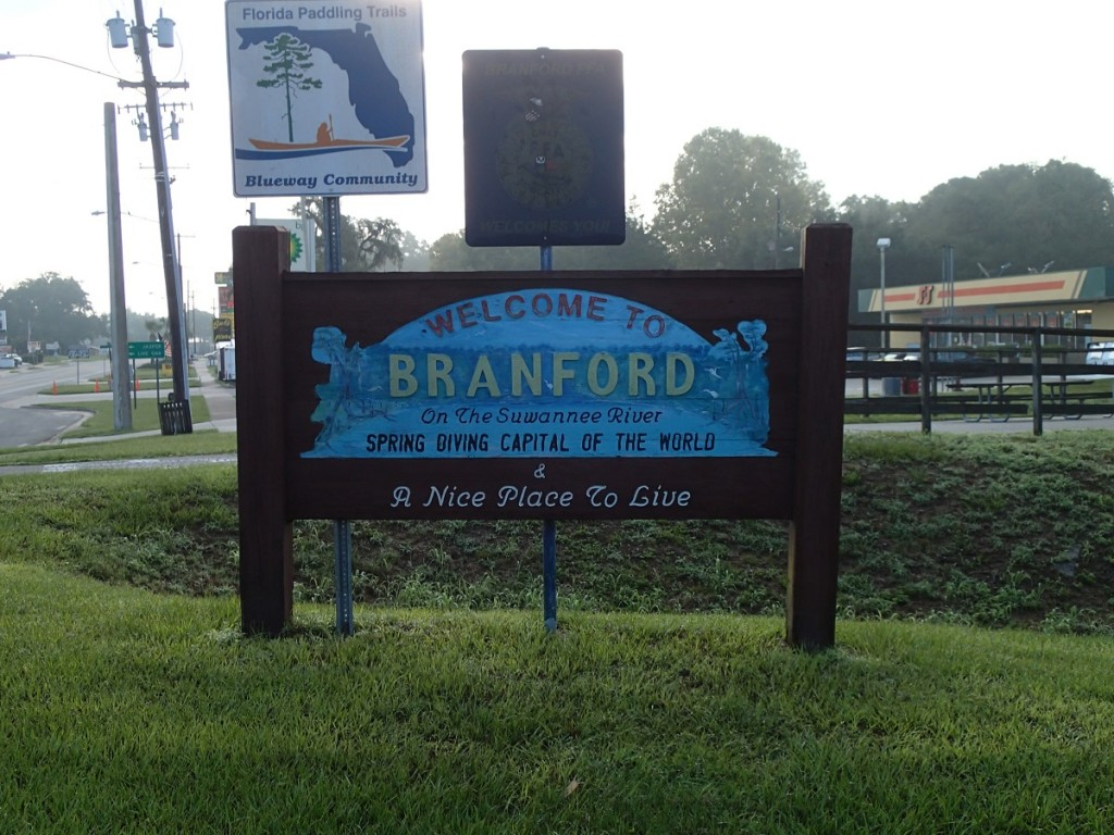 Welcome to Branford Sign